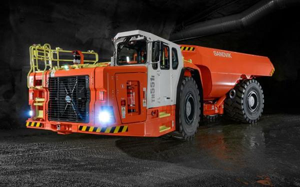 Sandvik 标志船卡车 Sandvik TH663i 和 Sandvik TH551i 通过新变速器提高了性能