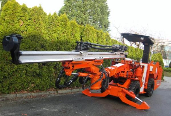 山特维克推出专为中国市场设计的DD2710凿岩台车