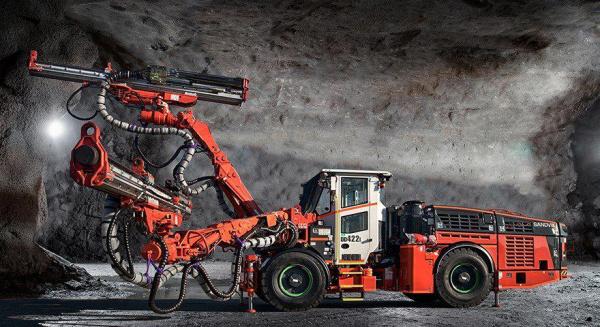 山特维克 DD422i 双控制包帮助承包商优化多任务地下开发钻探