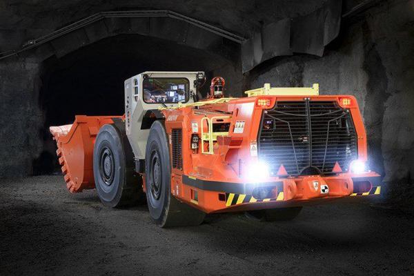 山特维克引进符合第五阶段的地下装载机; 不损害性能