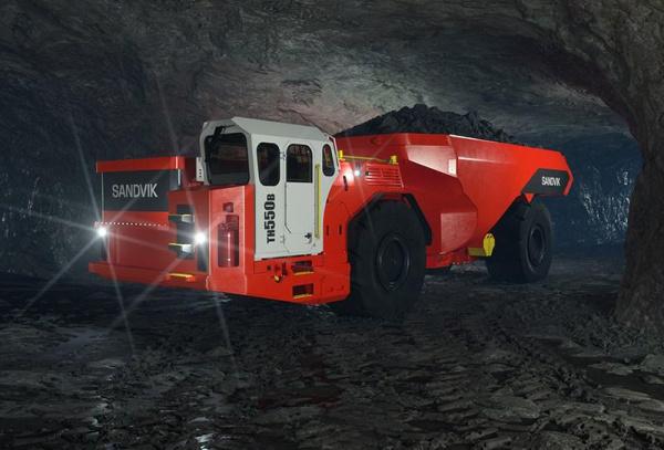 桑维克最新的 50 吨 BEV 卡车结合了两个世界中最好的