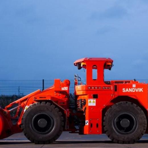Sandvik LH202 提高了窄静脉装载的安全性和生产率