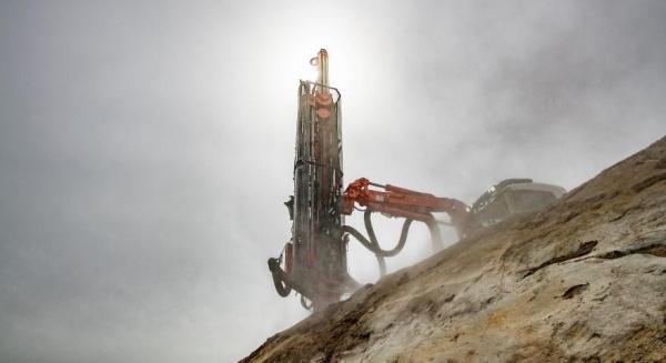 新的Sandvik表面钻机将在斯坦博介绍
