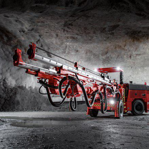 采用新型 Sandvik DD320S,简单、可靠且技术成熟