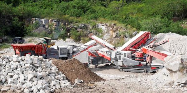 Sandvik 建筑为泰国的高品质集料生产提供移动破碎和筛分工厂