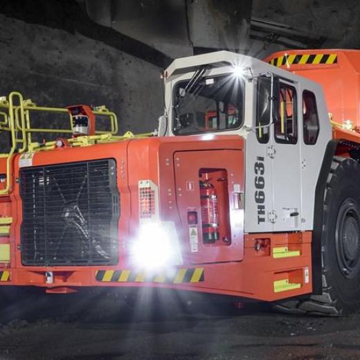 山特维克正在开发符合 V 级标准的地下卡车