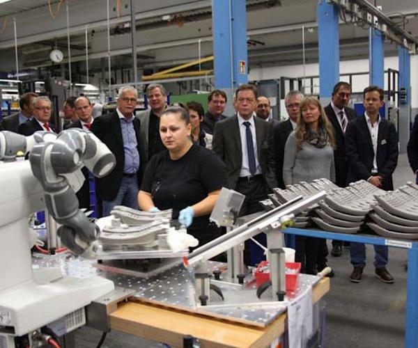 西蒙集团施兰贝格尔工业会议