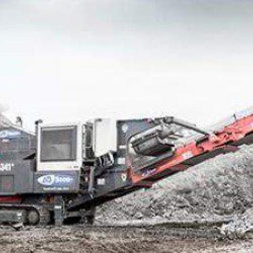 AB2000 双生产与 Sandvik QJ341® 钳口破碎机